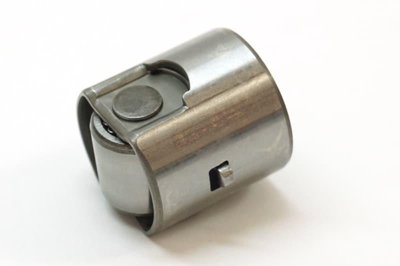 Popychacz rolkowy nurnika pompy paliwowej wysokociśnieniowej